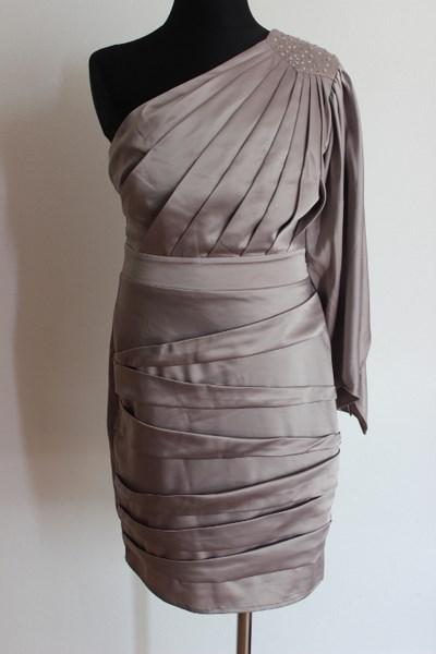 1296bfd04d10 Dámské šaty vel.36 Lipsy London