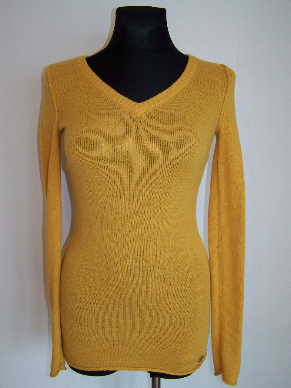 Dámský svetr vel.S Guess 0efe5b64b3